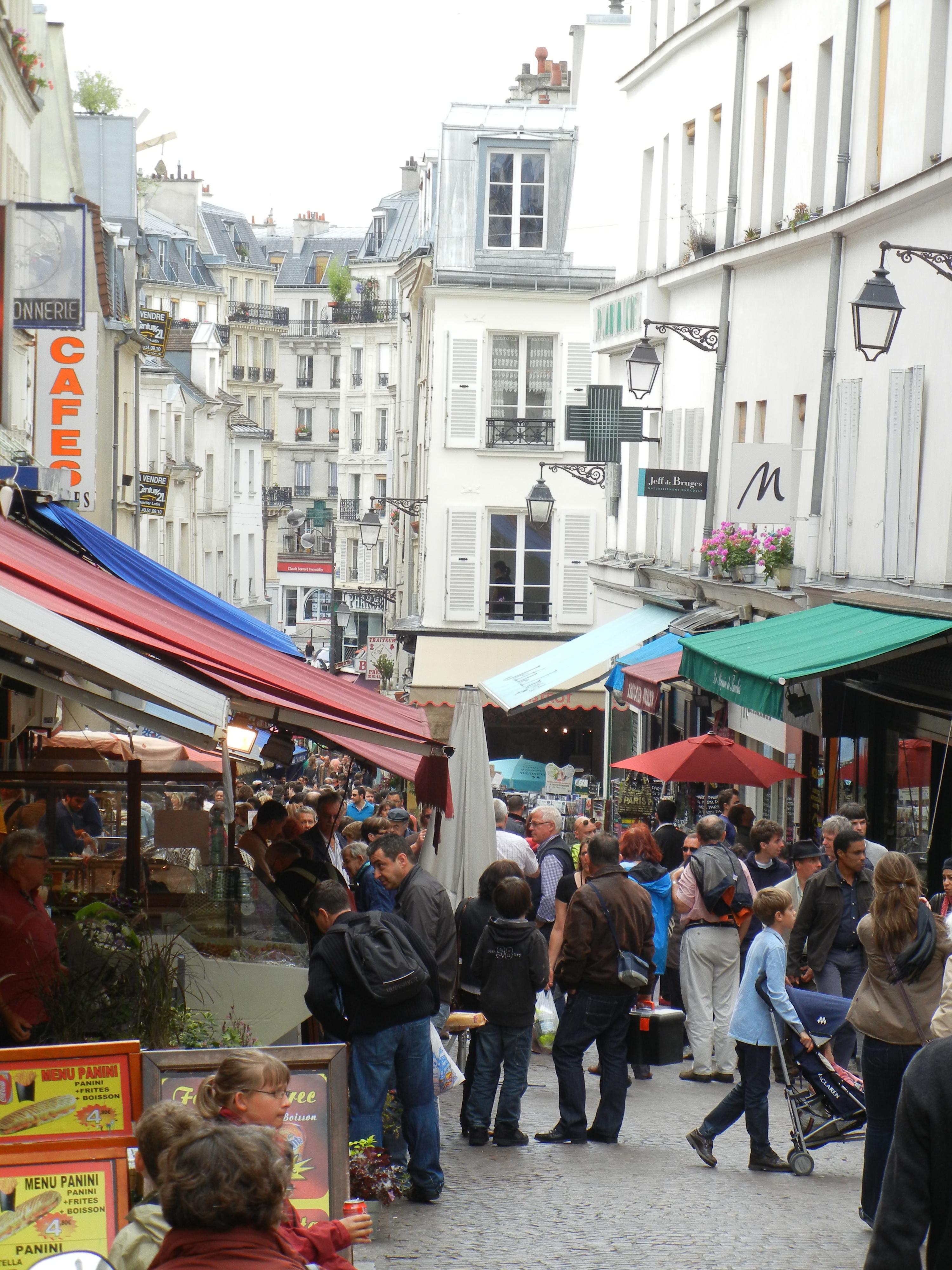 Rue Mouffetard Market Street Paris  marjorierwilliamscom