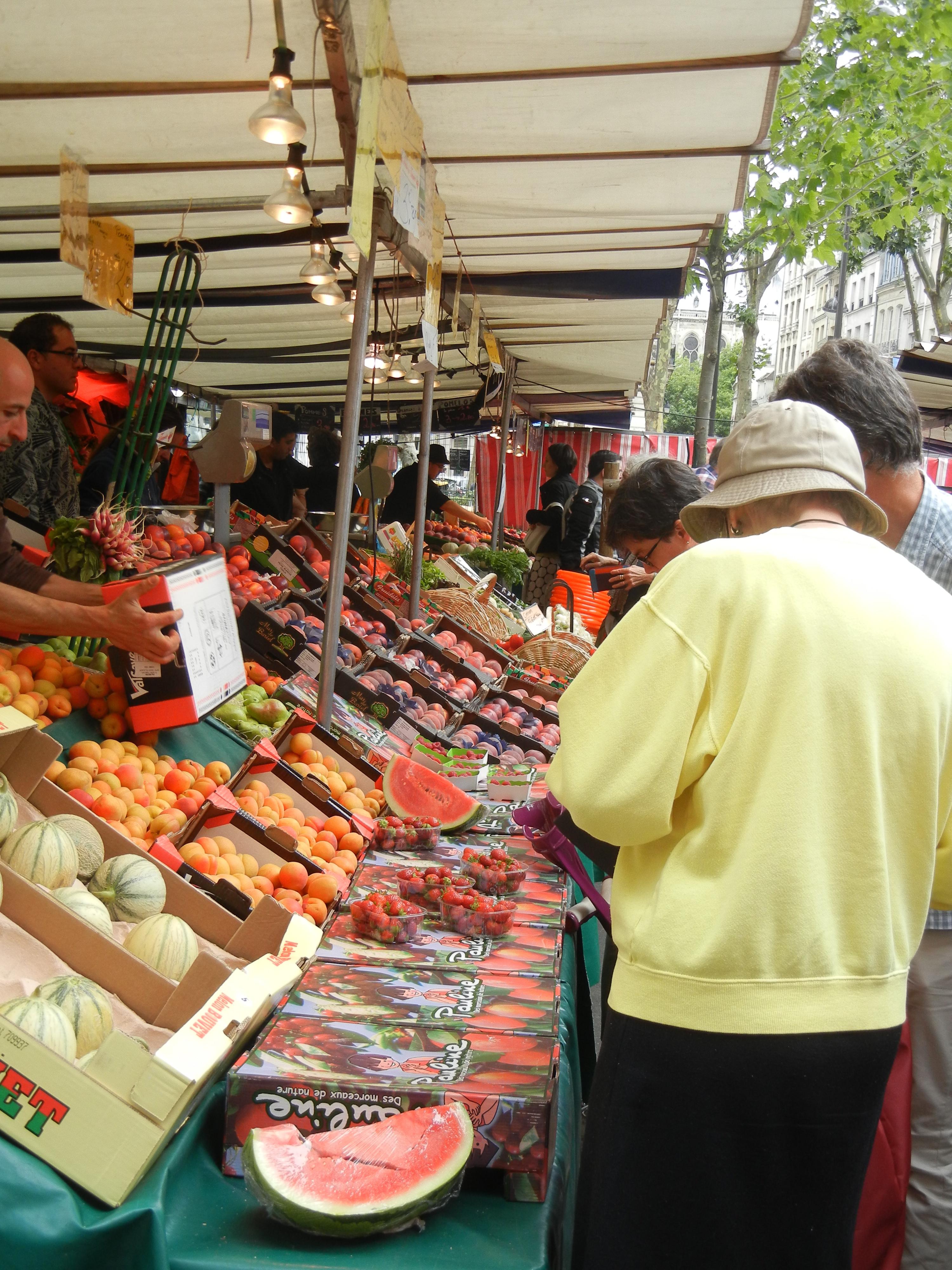 Open-Air market in Paris