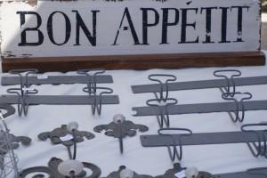Bon Appetit sign