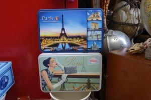 Paris Clignancourt collectibles flea market
