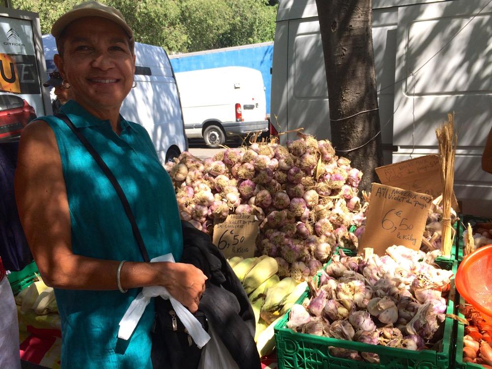 garlic Arles Provence market
