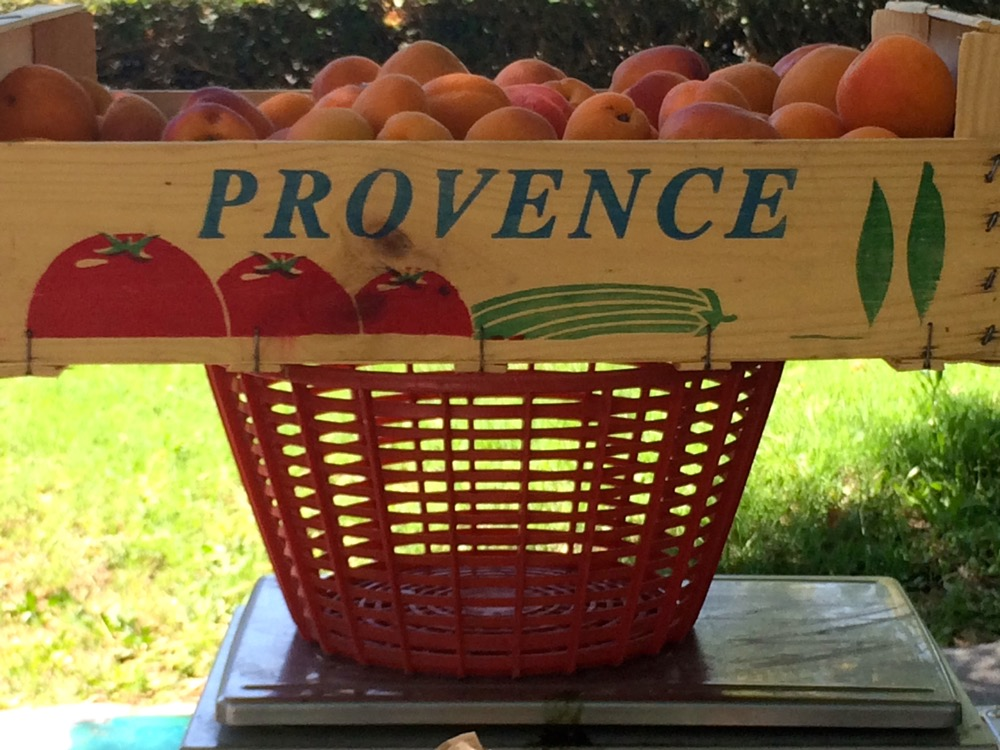 market crate Provence